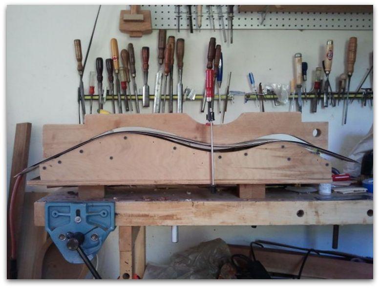 Bending rosewood dulcimer binding