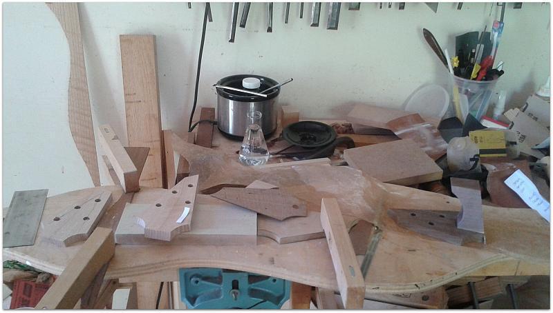 How a Dulcimer builder gets sticky fingers